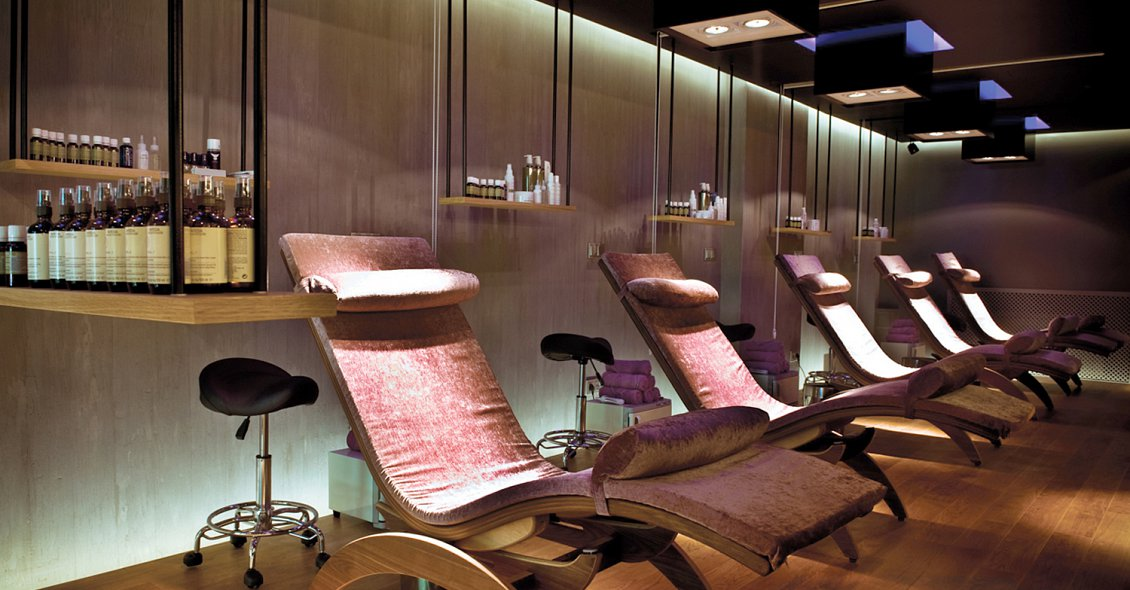 Stressless beauty salon design