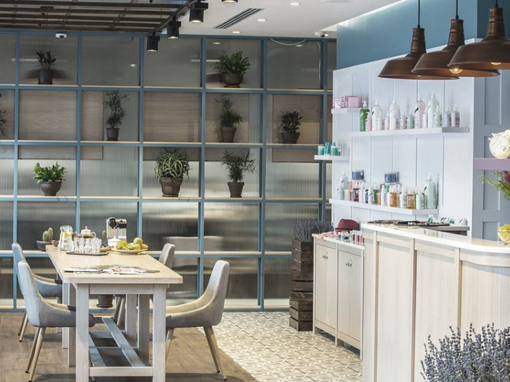 Salon Design Case Study - Wax & Go Moscow